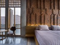 exposed-brick-wall-bedroom