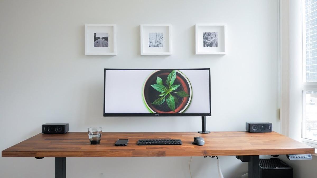 modern-wood-desk