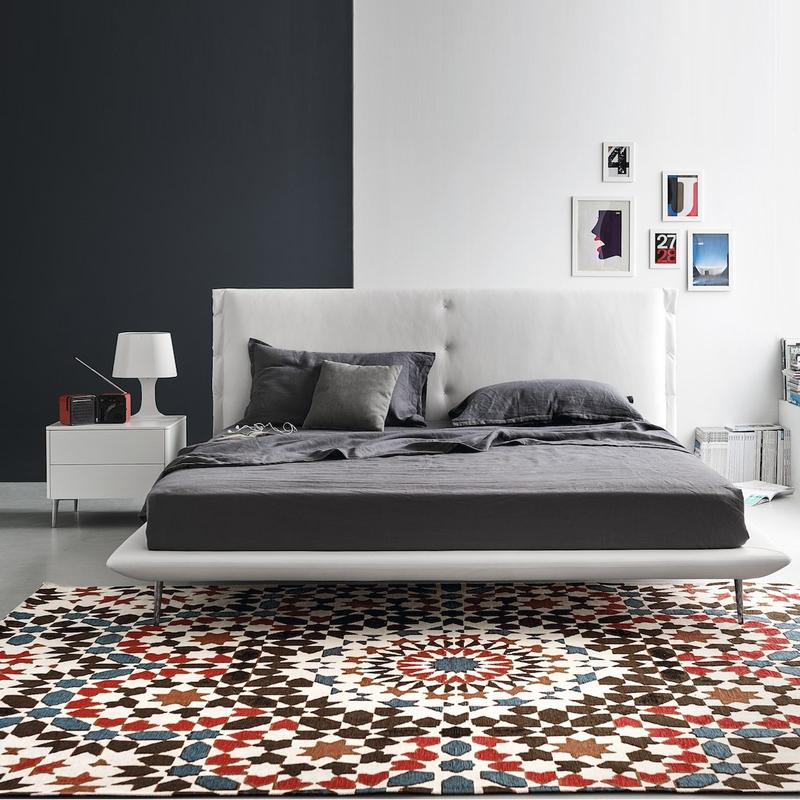 51 Bedroom Rugs That Will Brighten Your Mornings