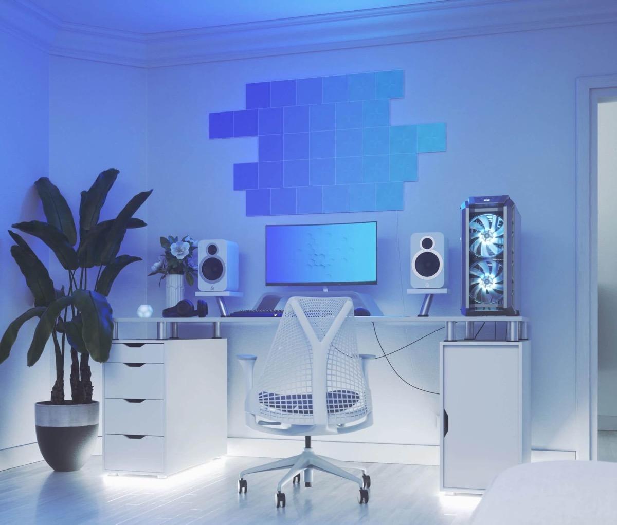 white-computer-chair