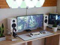 white-speakers